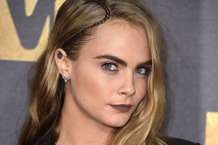 Cara Delevingne Face Pictures