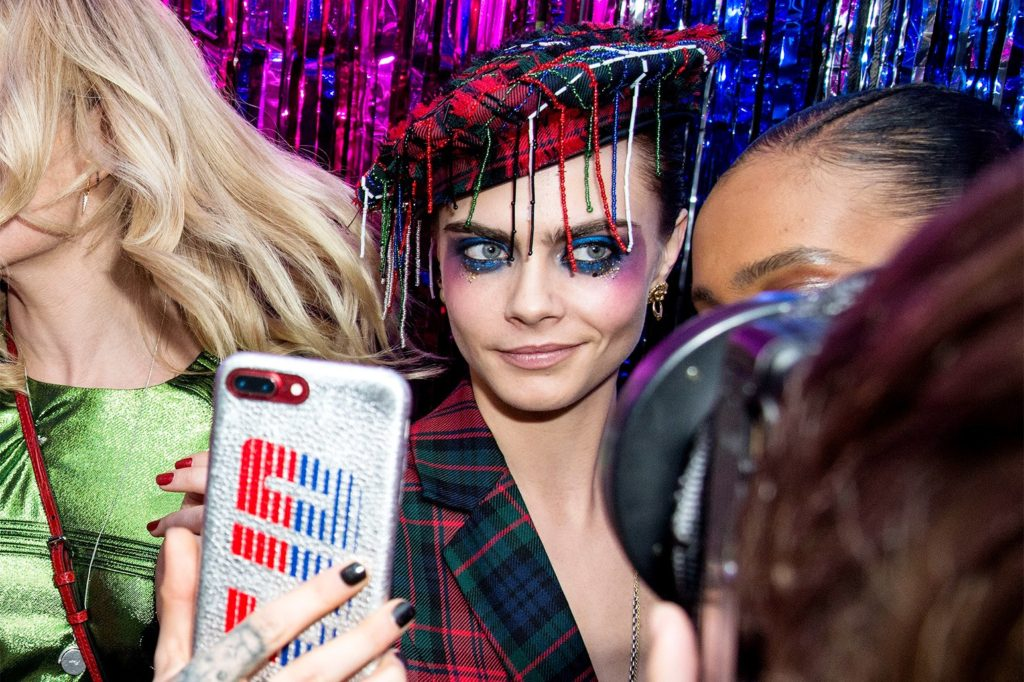 Cara Delevingne Hot Selfie 1024x682 - Cara Delevingne Net Worth, Pics, Wallpapers, Career and Biography