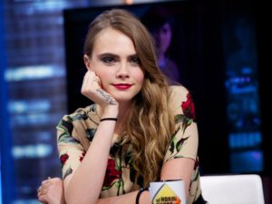 Cara Delevingne Red Hot Lips 300x225 - Cara Delevingne Red Lips Pics