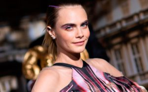 Cara Delevingne Smiling Pics 300x188 - Hot Top Model Cara Delevingne