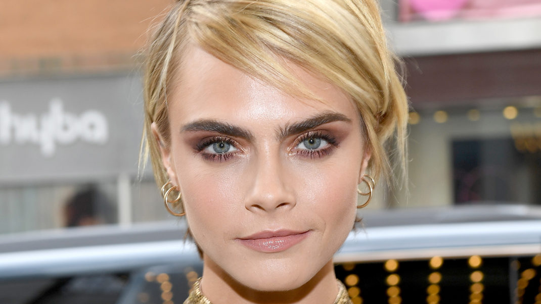 Cara Delevingne Net Worth, Pics, Wallpapers, Career and Biography