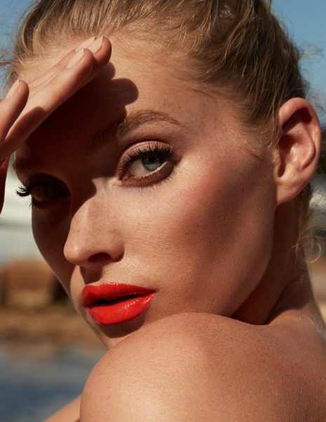 Elsa Hosk Hot Red Lips Pics