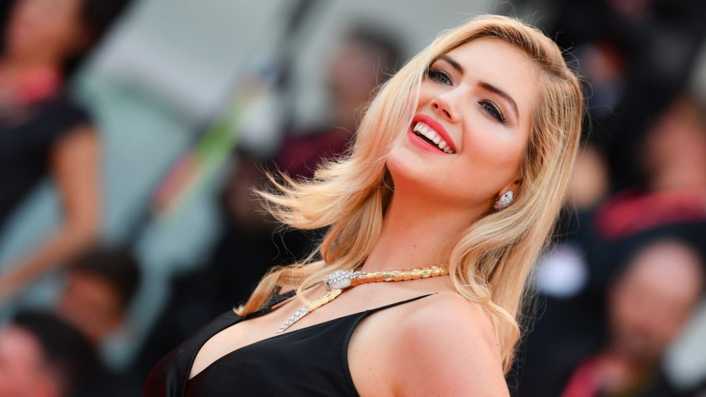 Hot Smile Kate Upton 1024x576 - Kate Upton Net Worth, Pics, Wallpapers, Career and Biography