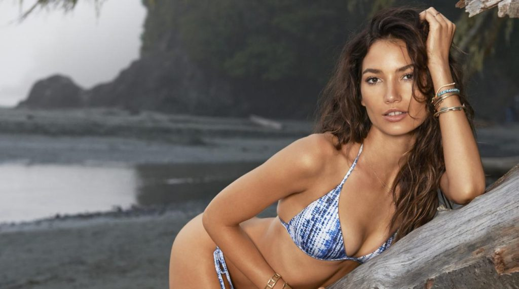 Lily Aldridge Hot Bikini At The Beach 1024x570 - Lily Aldridge Hot Bikini At The Beach