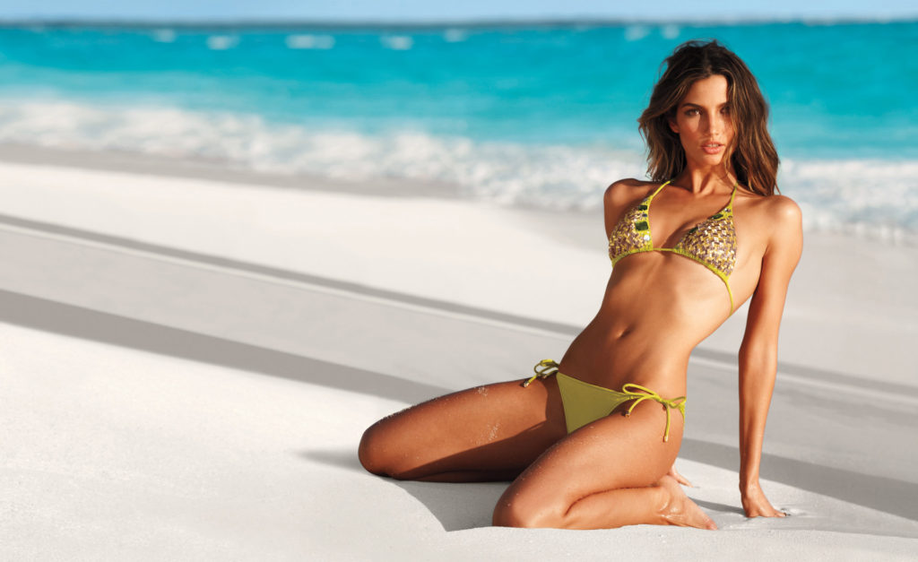 Lily Aldridge Hot Green Bikini Wallpaper 1024x627 - Lily Aldridge Net Worth, Pics, Wallpapers, Career and Biography