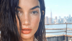 Lily Aldridge Pictures 300x169 - Lily Aldridge Red Hot Lips