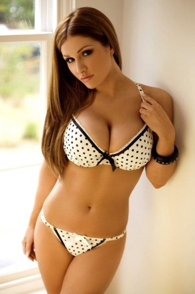 Lucy Pinder Awesome Underwear Pics