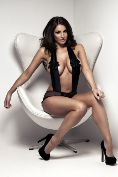 Lucy Pinder Modeling Image