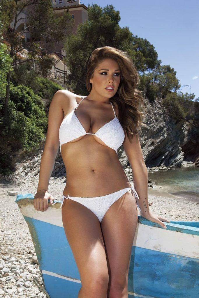 Lucy Pinder Outdoors Bikini Pics 683x1024 - Lucy Pinder Net Worth, Pics, Wallpapers, Career and Biography
