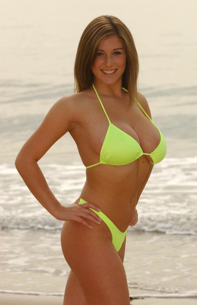 Lucy Pinder Yellow Bikini - Lucy Pinder Net Worth, Pics, Wallpapers, Career and Biography