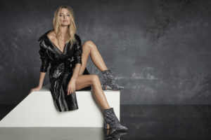 Martha Hunt Hot Legs Pics 300x200 - Martha Hunt Face Pics