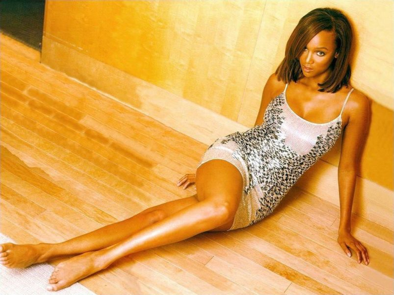 Amazing Legs Tyra Banks