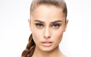 American Top Model Taylor Hill 300x188 - Taylor Hill Street Style