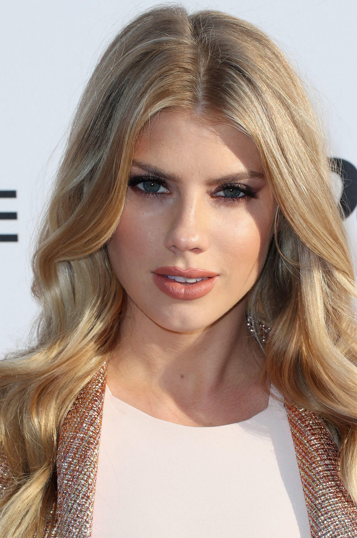 Beautiful Charlotte McKinney - Beautiful Charlotte McKinney