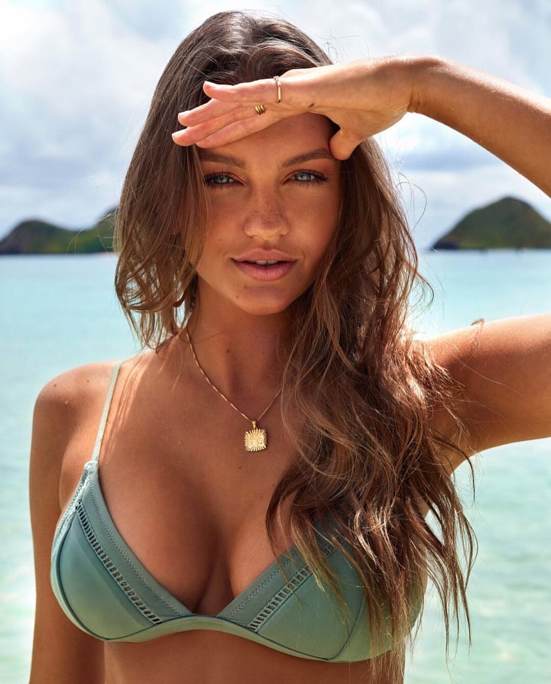 Beautiful Model Olivia Brower - Olivia Brower Net Worth, Pics, Wallpapers, Career and Biograph