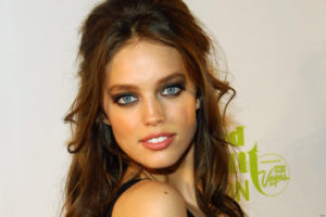 Emily DiDonato Facebook 300x200 - Emily DiDonato Wallpapers