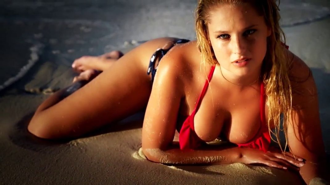 Genevieve Morton Hot Bikini Pose