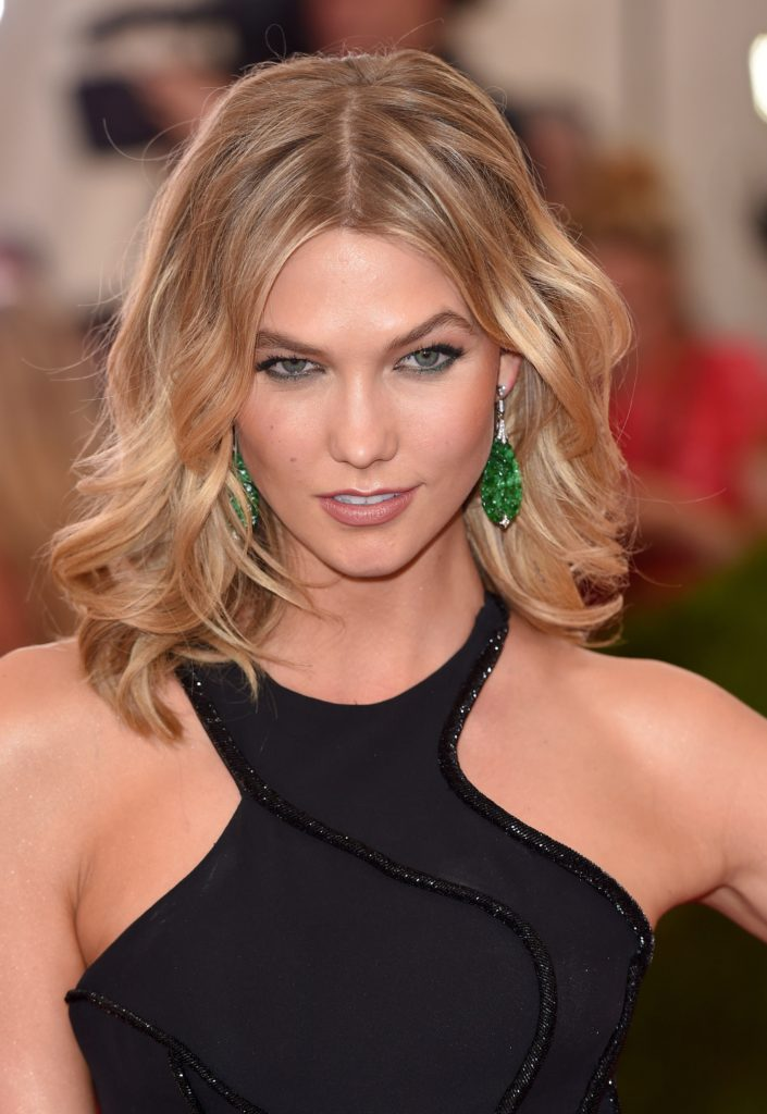 Hot Blonde Model Karlie Kloss 705x1024 - Hot Blonde Model Karlie Kloss