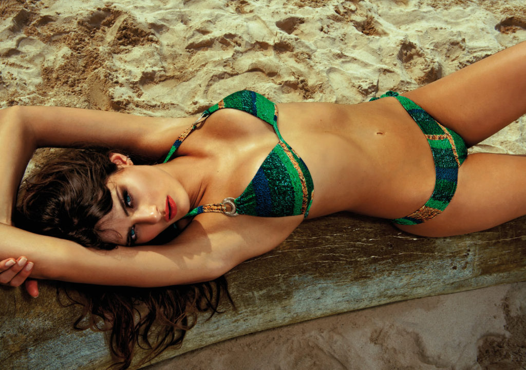 Isabeli Fontana Hot Green Bikini Pics 1024x721 - Isabeli Fontana Net Worth, Pics, Wallpapers, Career and Biography