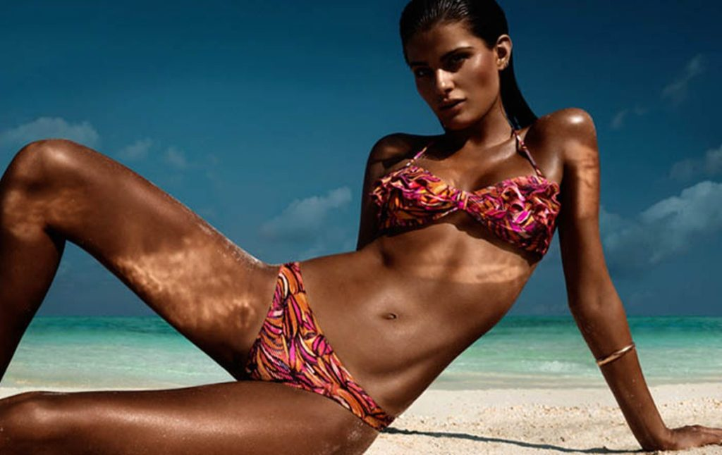 Isabeli Fontana Hot Tropic Bikini Wallpapers 1024x646 - Isabeli Fontana Net Worth, Pics, Wallpapers, Career and Biography