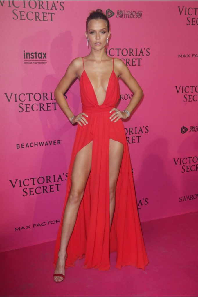 Josephine Skriver Victorias Secret Red Carpet 682x1024 - Josephine Skriver Net Worth, Pics, Wallpapers, Career and Biography
