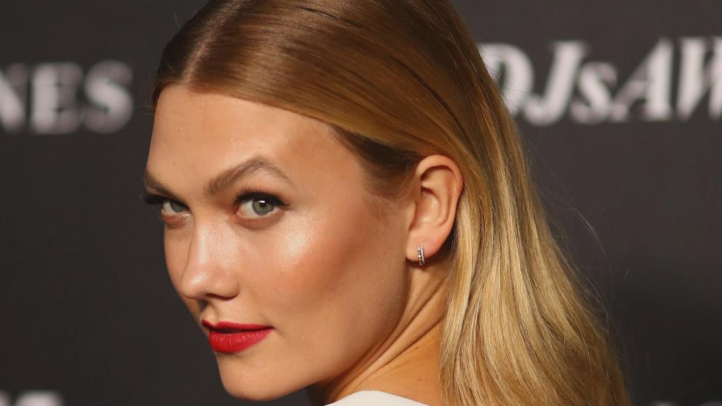Karlie Kloss Beautiful Face 1024x576 - Karlie Kloss Beautiful Face