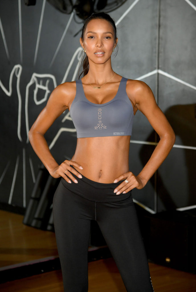 Lais Ribeiro Fitness Bra 688x1024 - Lais Ribeiro Net Worth, Pics, Wallpapers, Career and Biography