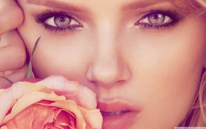 Lily Donaldson Beautiful Face Wallpaper 300x188 - Lily Donaldson Hair