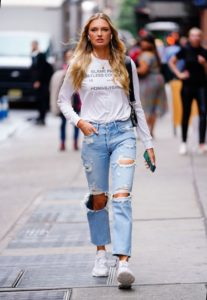 Romee Strijd Jeans In New York 207x300 - Romee Strijd Fashion Show