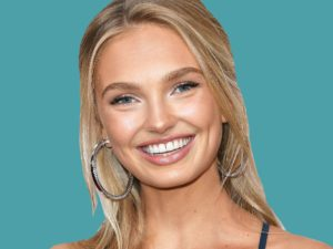 Romee Strijd Teeth 300x225 - Romee Strijd Fashion Show