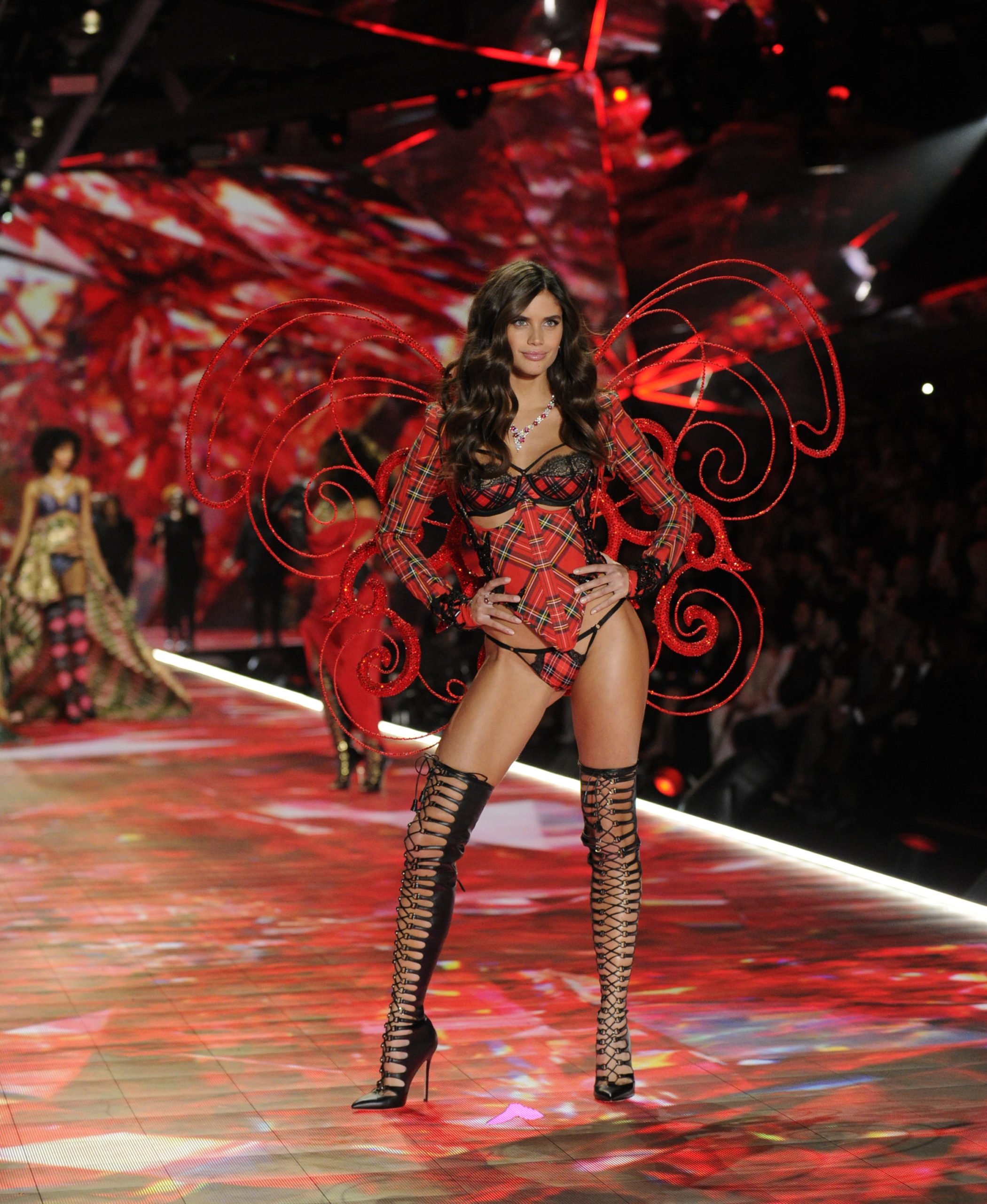 Sara Sampaio Runaway scaled - Sara Sampaio Victoria's Secret Fashion Show