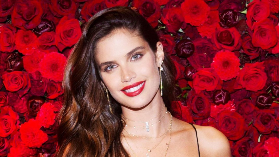 Sara Sampaio Victoria's Secret