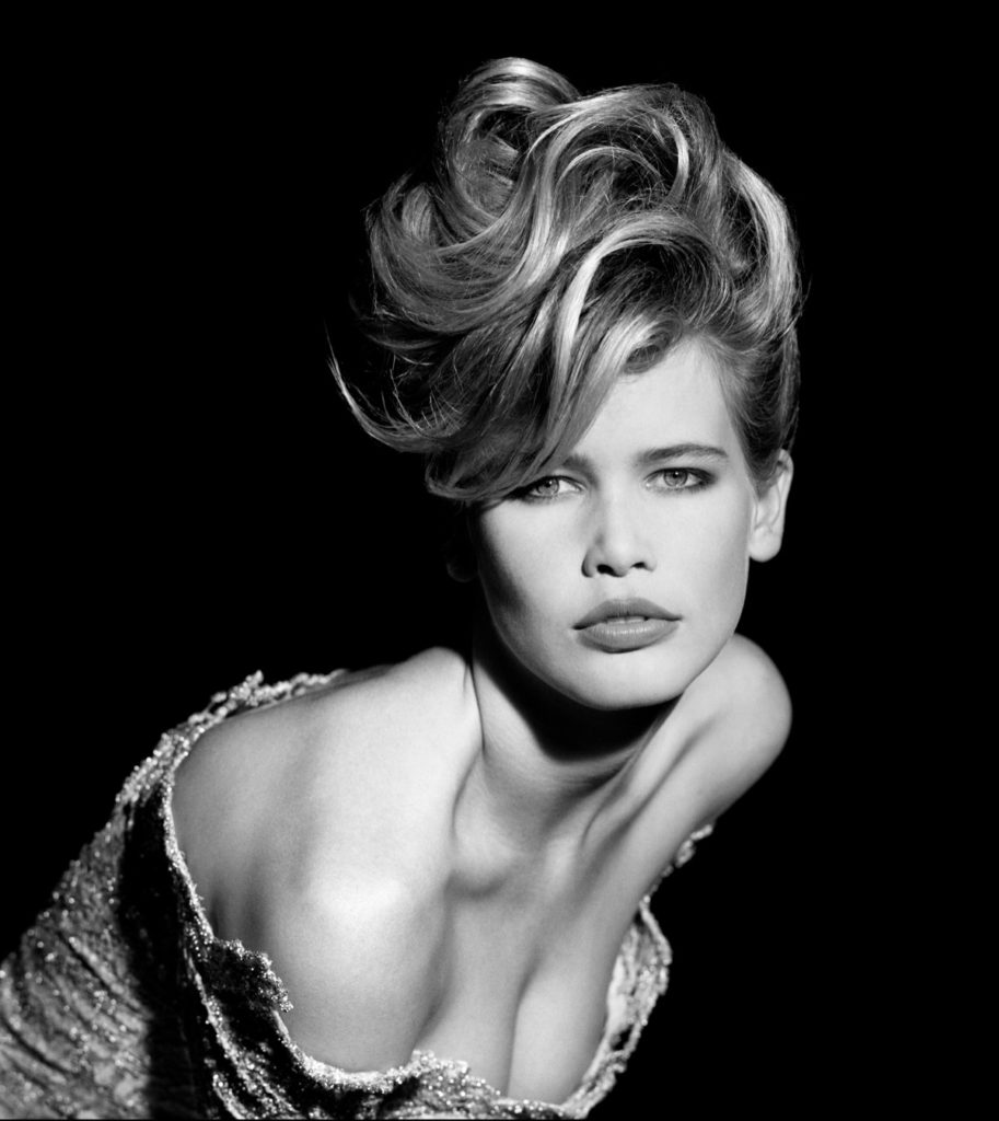 Awesome Model Claudia Schiffer 913x1024 - Claudia Schiffer Net Worth, Pics, Wallpapers, Career and Biography