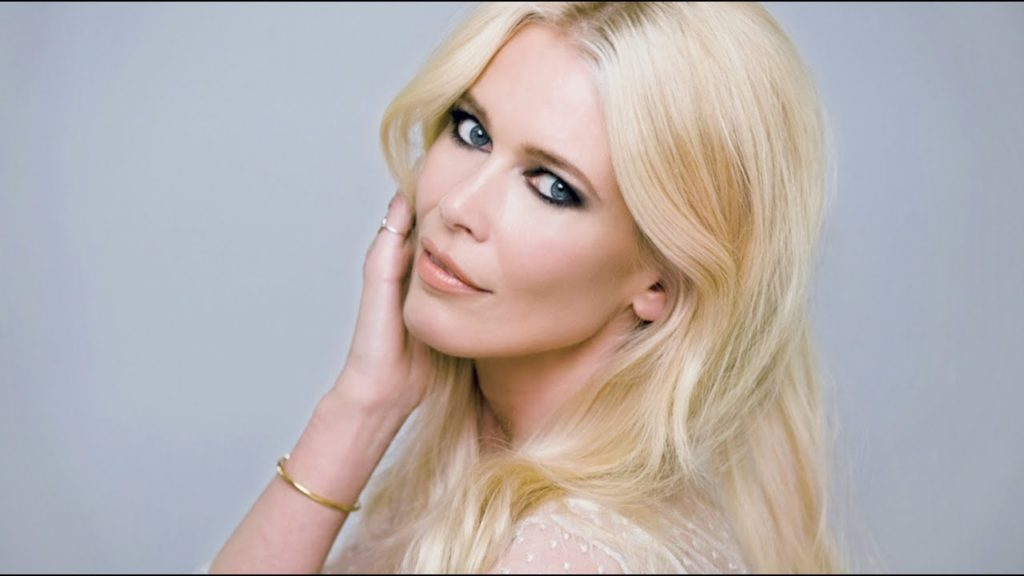 Claudia Schiffer Hot Blue Eyes 1024x576 - Claudia Schiffer Net Worth, Pics, Wallpapers, Career and Biography