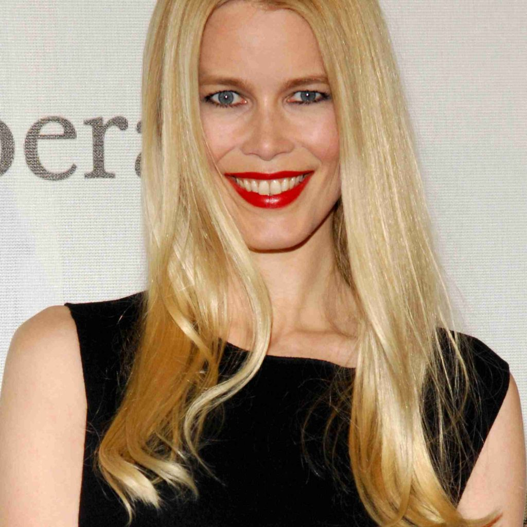 Claudia Schiffer Red Hot Lips 1024x1024 - Claudia Schiffer Net Worth, Pics, Wallpapers, Career and Biography