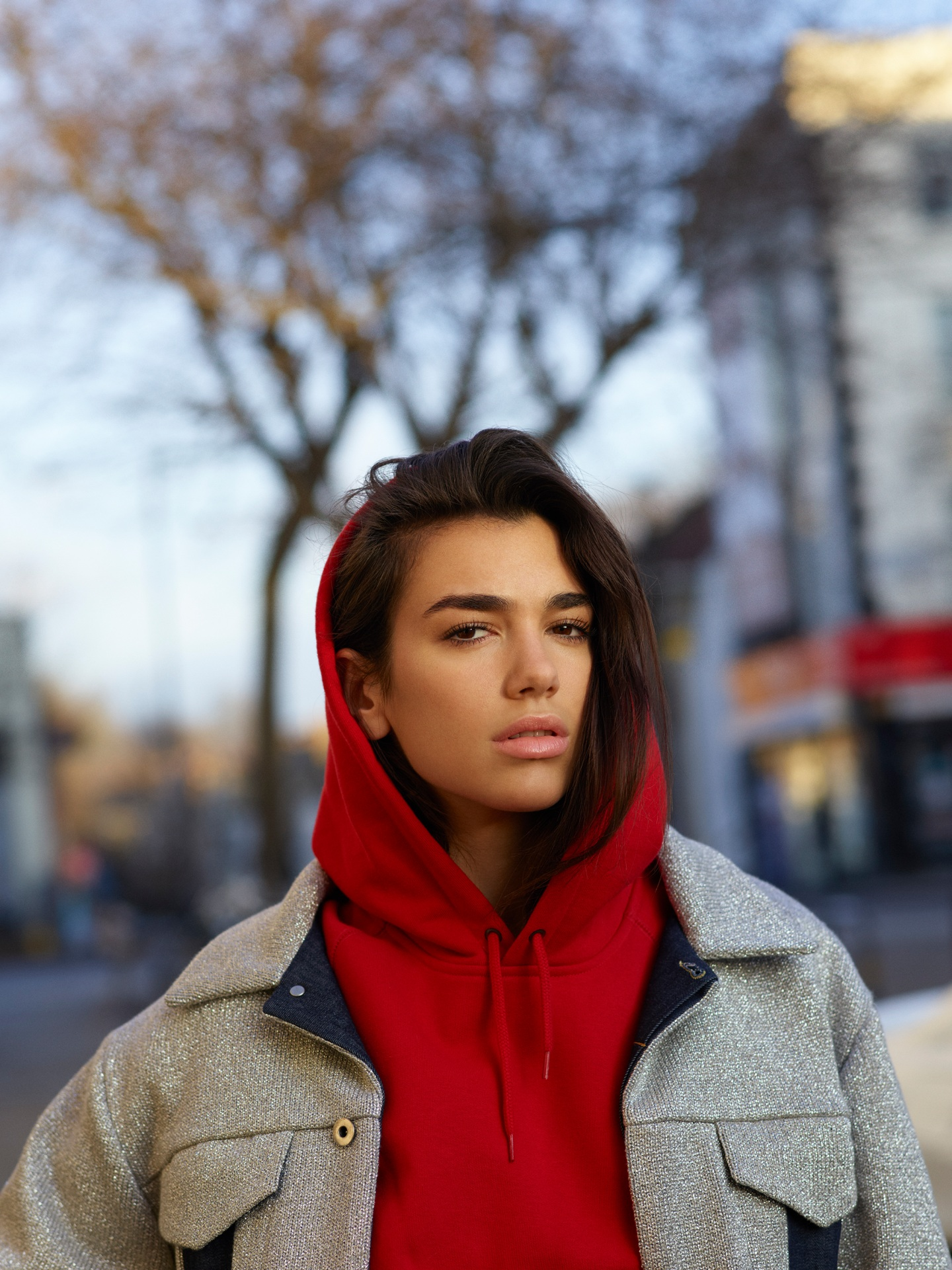 Dua Lipa Street Style - Dua Lipa Net Worth, Pics, Wallpapers, Career and Biography