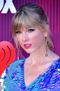Taylor Swift Pictures 200x300 - Taylor Swift Wallpaper