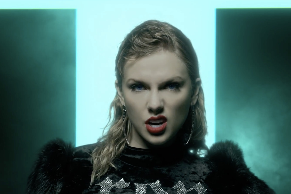 Taylor Swift Screen Shots 1