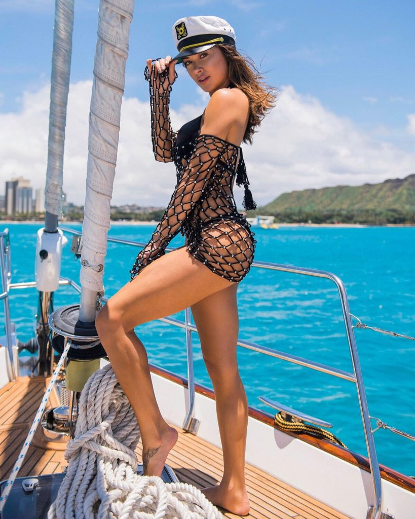Arianny Celeste Hot Pose On Yacht 819x1024 - Arianny Celeste Net Worth, Pics, Wallpapers, Career and Biography