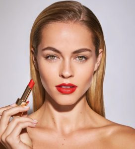 Carolina Kelley Hot Red Lipstick 272x300 - Anja Rubik Net Worth, Pics, Wallpapers, Career and Biograph
