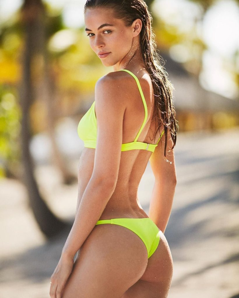 Carolina Kelley Hot Yellow Bikini 820x1024 - Carolina Kelley Net Worth, Pics, Wallpapers, Career and Biography