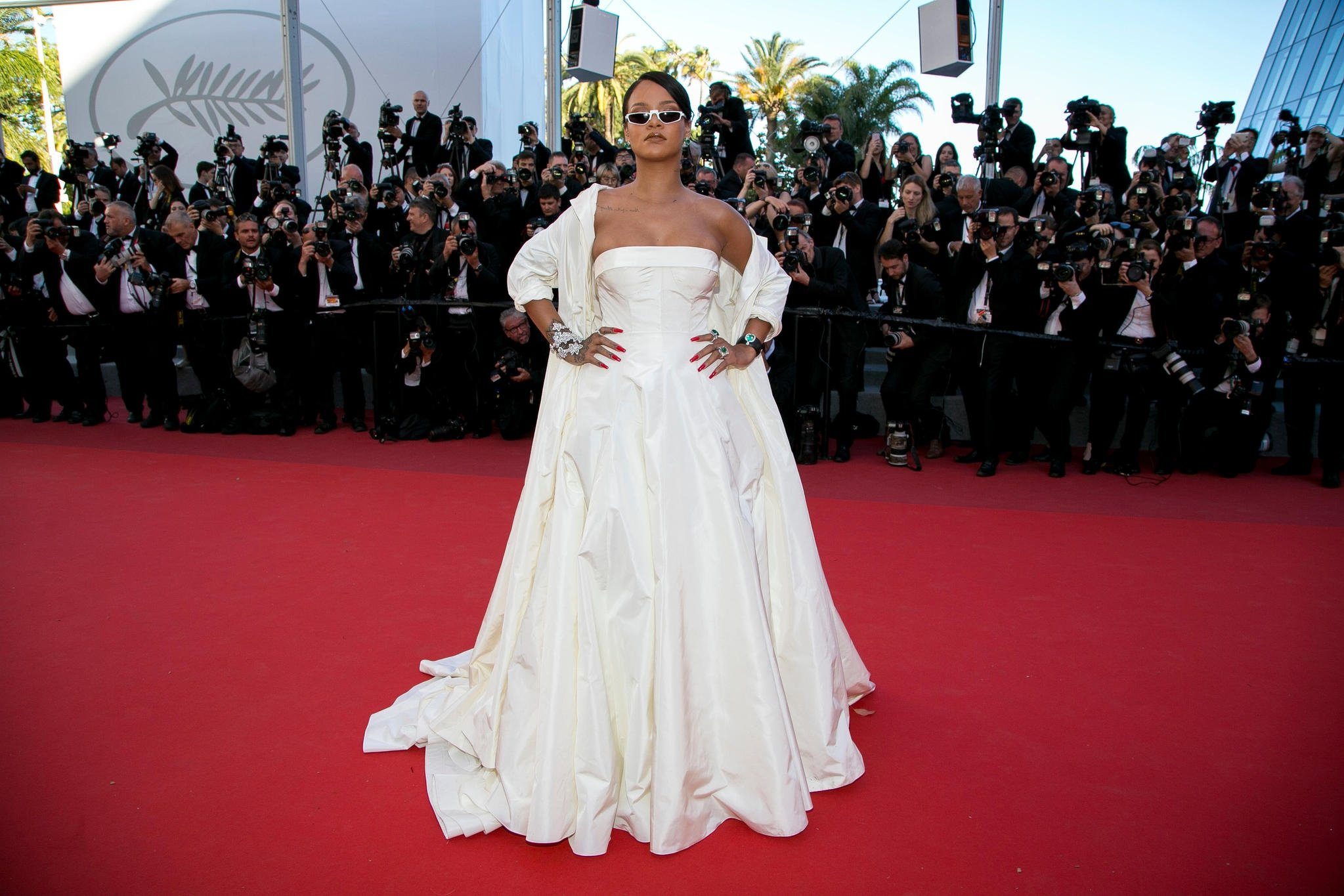Elite Singer Rihanna Red Carpet Pics - Elite Singer Rihanna Red Carpet Pics