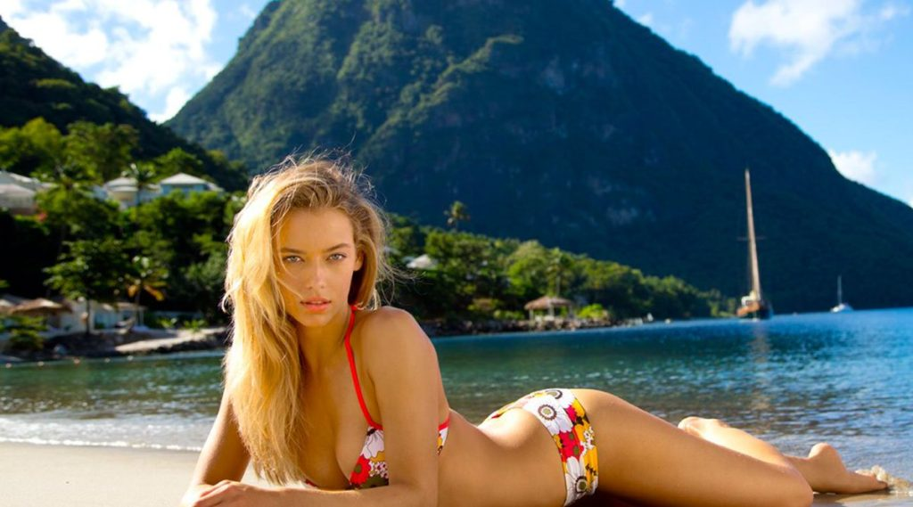 Hannah Ferguson Hot Tropic Bikini Wallpapers 1024x569 - Hannah Ferguson Net Worth, Pics, Wallpapers, Career and Biography