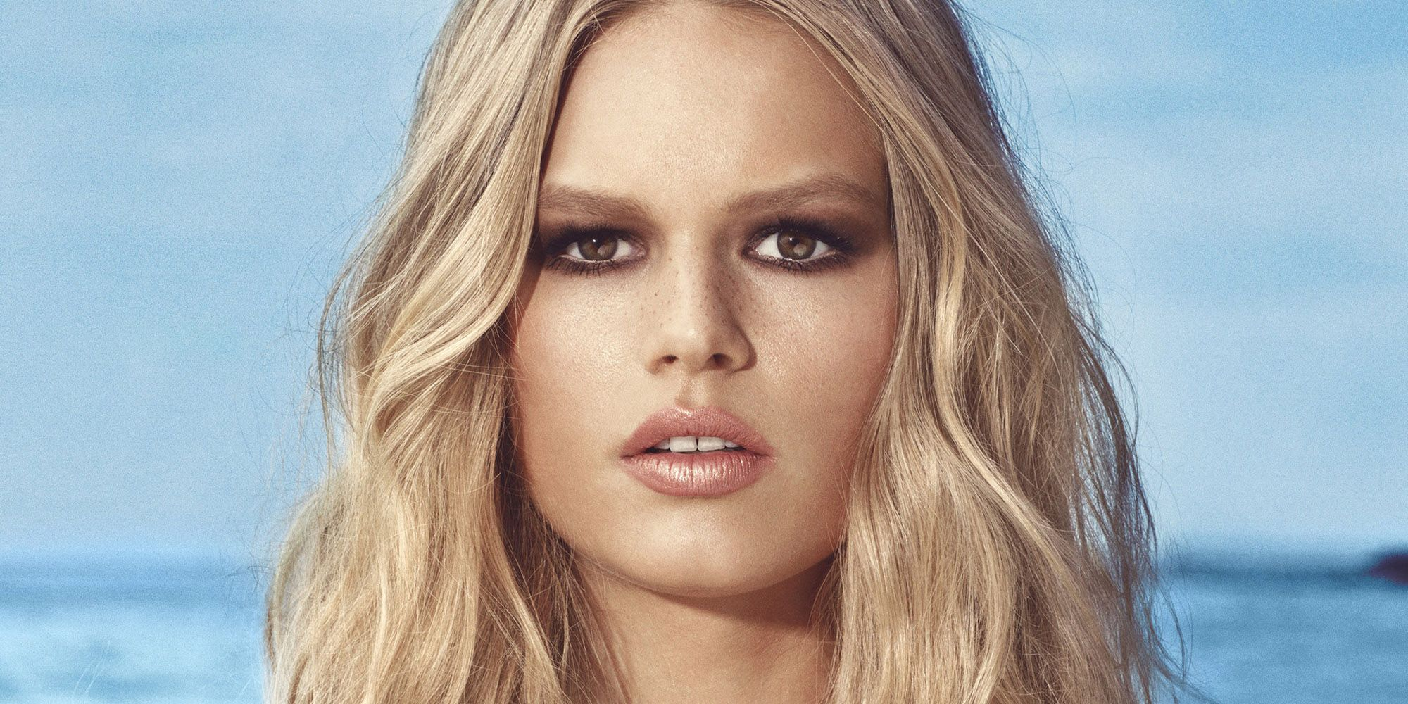Hot Blonde Anna Ewers Wallpapers - Anna Ewers Net Worth, Pics, Wallpapers, Career and Biography
