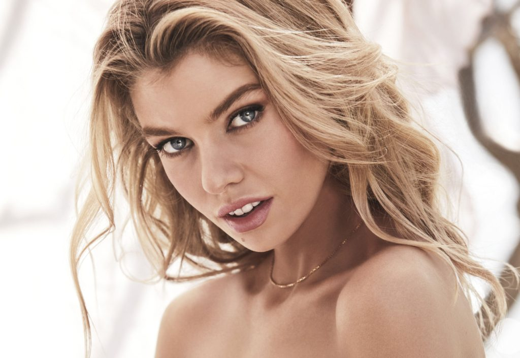 Hot Blonde Stella Maxwell Wallpapers 1024x705 - Hot Blonde Stella Maxwell Wallpapers