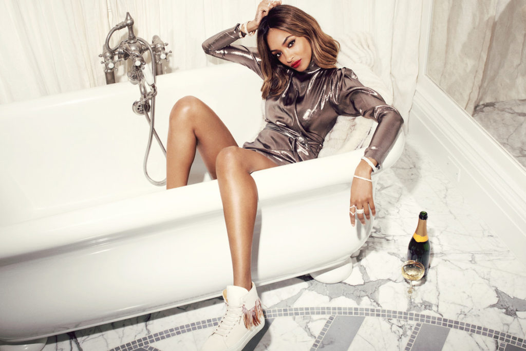 Jourdan Dunn Hot Bathroom Wallpapers 1024x683 - Jourdan Dunn Net Worth, Pics, Wallpapers, Career and Biography
