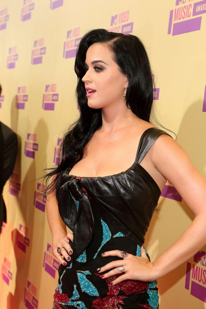 Katy Perry Gala Pics 683x1024 - Katy Perry Net Worth, Pics, Wallpapers, Career and Biography