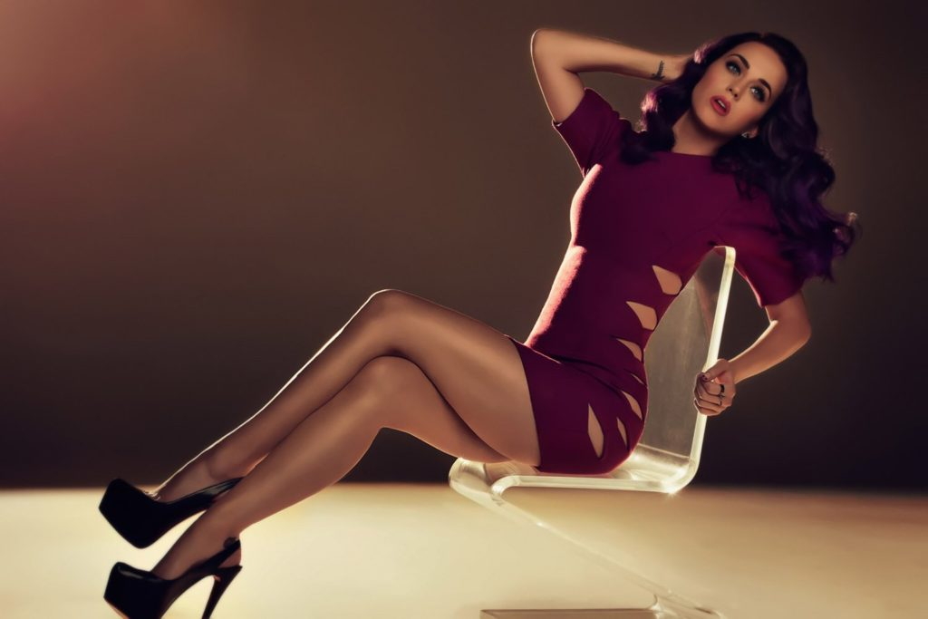 Katy Perry Hot Legs 1024x683 - Katy Perry Net Worth, Pics, Wallpapers, Career and Biography