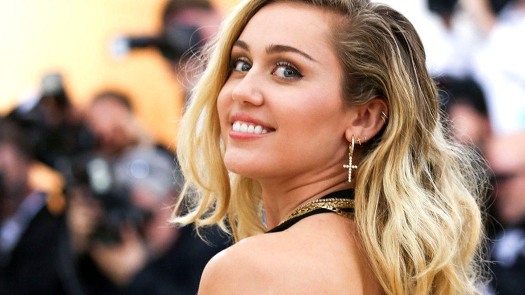 Miley Cyrus Arrivals Wallpapers 1024x576 - Miley Cyrus Arrivals Wallpapers