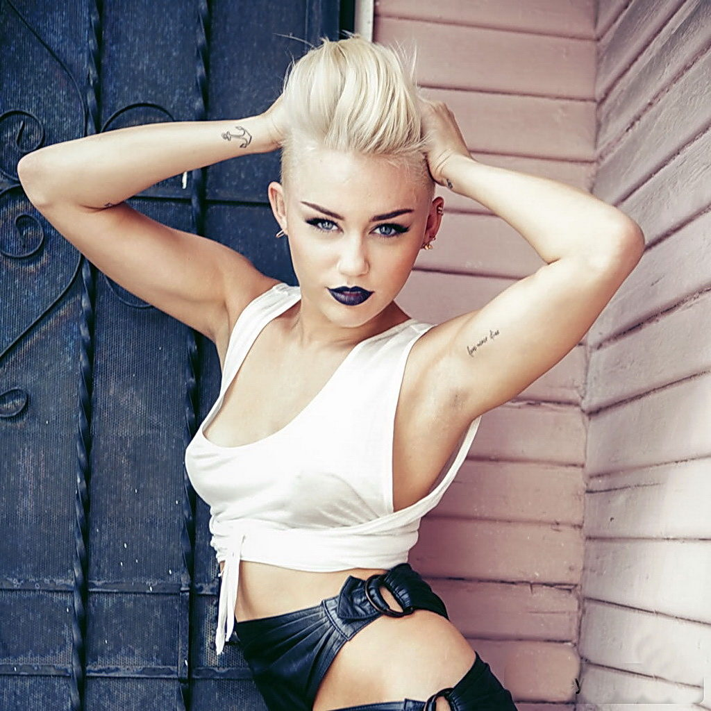 Miley Cyrus Hot Photoshoot 1024x1024 - Miley Cyrus Net Worth, Pics, Wallpapers, Career and Biography